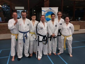 Leraren, assistenten en kubgraadtraining bij ITF Royal Dutch.jpg 2